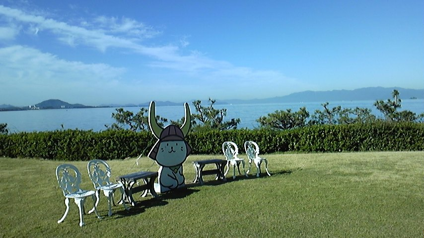 朝の琵琶湖は〜!